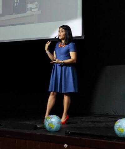 Charlas, conferencias de coach en liderazgo, carrera y marca personal
